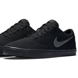 Size 9 Nike SB Black Textile Lace Up Casual Shoes